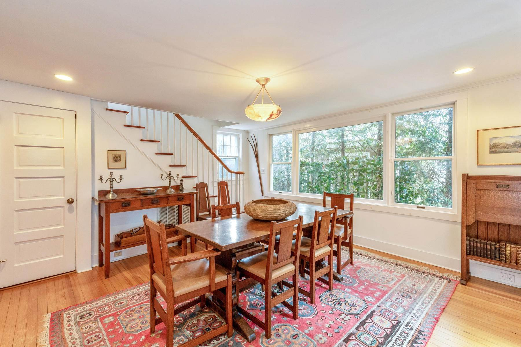 12. Single Family Home at East Hampton Village Central East Hampton, NY 11937