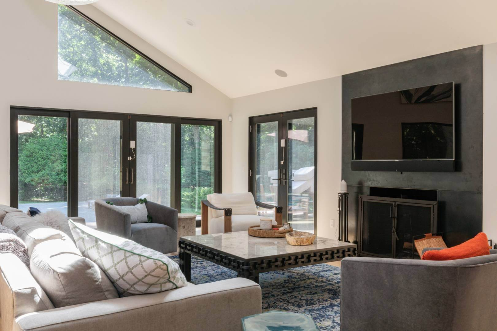 4. Single Family Home at Magnificent Modern With Heated Saltwater Pool 4 Ruffed Grouse Court, East Hampton, NY 11937