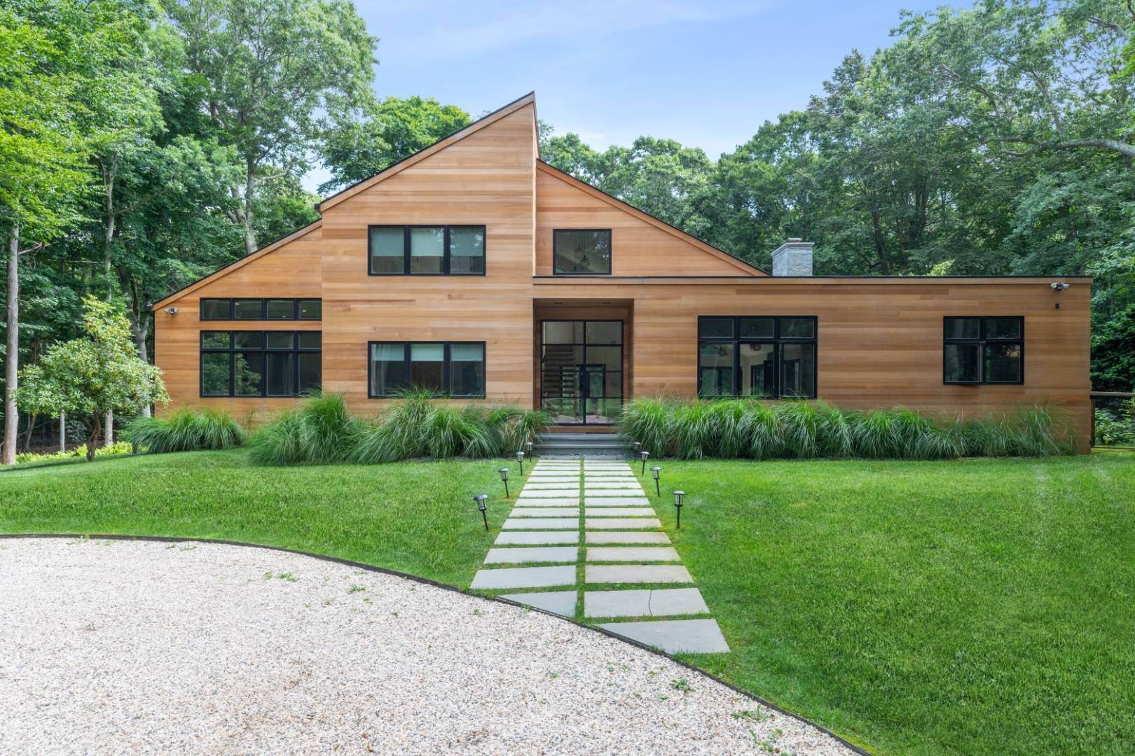 Single Family Home at Magnificent Modern With Heated Saltwater Pool 4 Ruffed Grouse Court, East Hampton, NY 11937