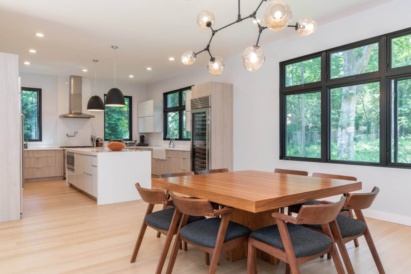 5. Single Family Home at Magnificent Modern With Heated Saltwater Pool 4 Ruffed Grouse Court, East Hampton, NY 11937