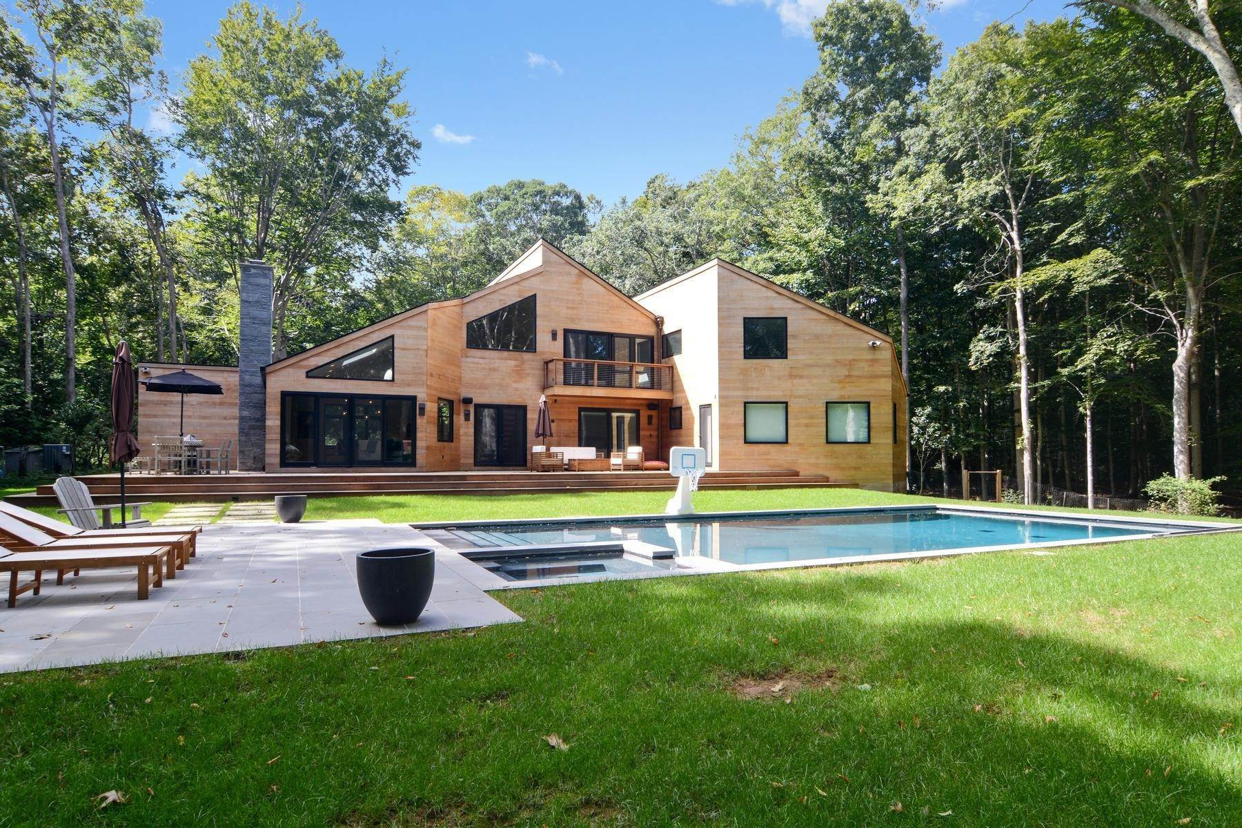 2. Single Family Home at Magnificent Modern With Heated Saltwater Pool 4 Ruffed Grouse Court, East Hampton, NY 11937