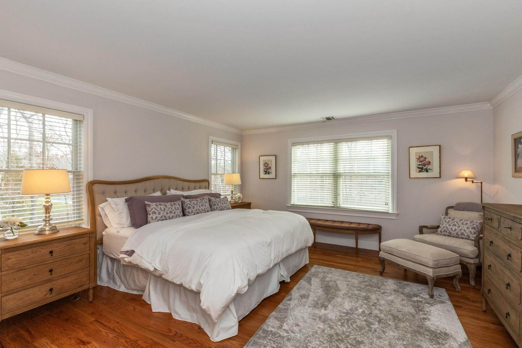 13. Single Family Home at Southampton Traditional Newly Furnished Southampton, NY 11968