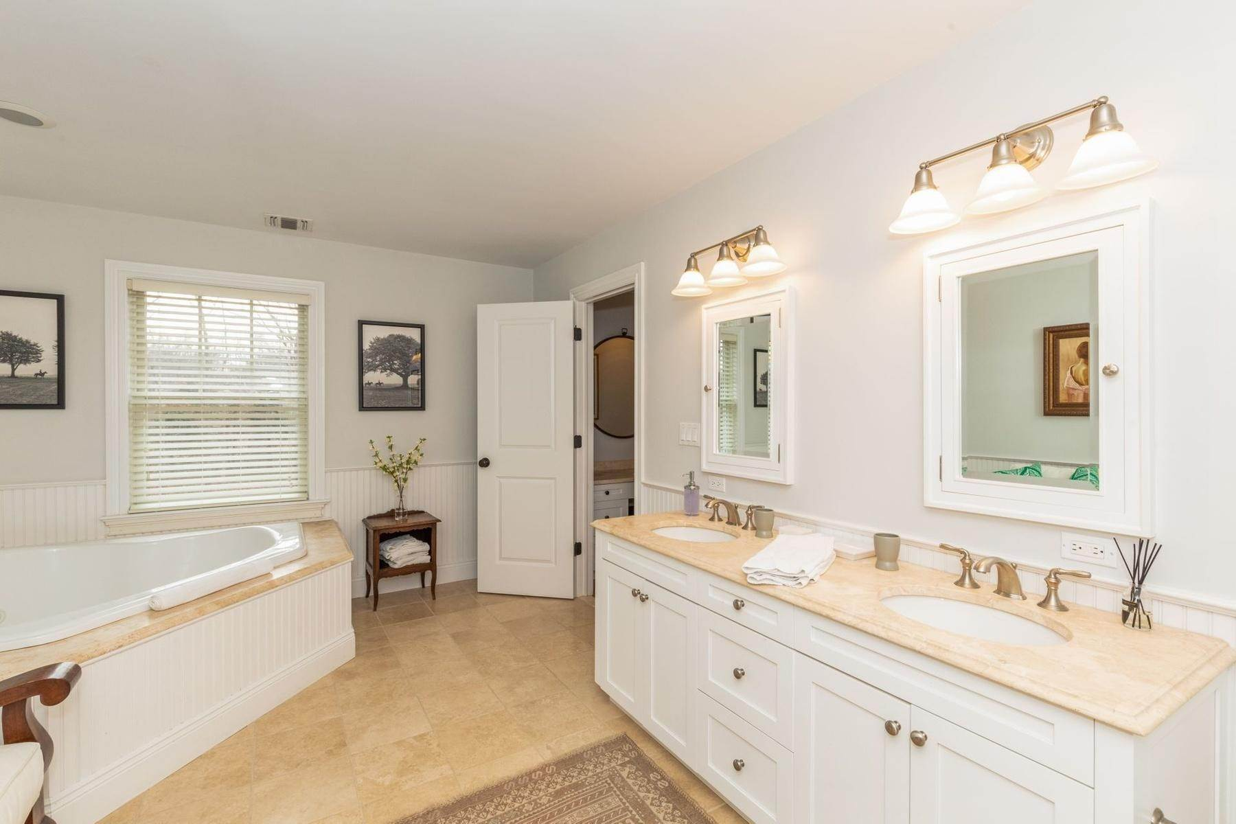 9. Single Family Home at Southampton Traditional Newly Furnished Southampton, NY 11968