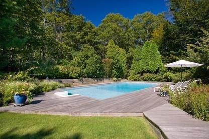17. Single Family Home at Very Private Summer Getaway In Water Mill Southampton, NY 11968