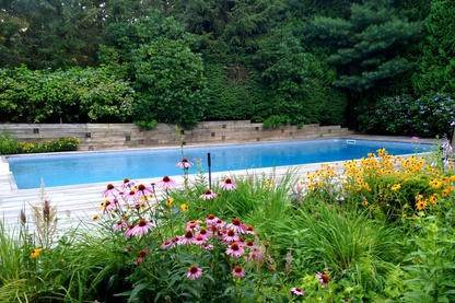 19. Single Family Home at Very Private Summer Getaway In Water Mill Southampton, NY 11968