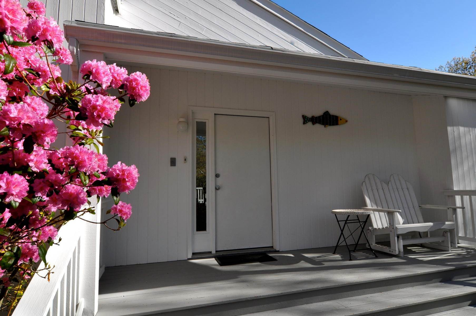 3. Single Family Home at East Hampton - Northwest - Clean And Comfortable East Hampton, NY 11937