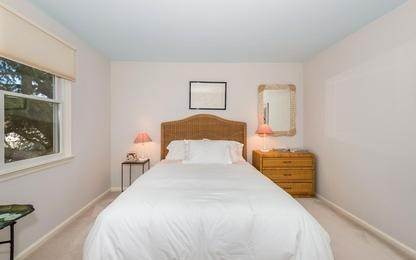 9. Single Family Home at Charming Condo In Southampton Village Southampton, NY 11968