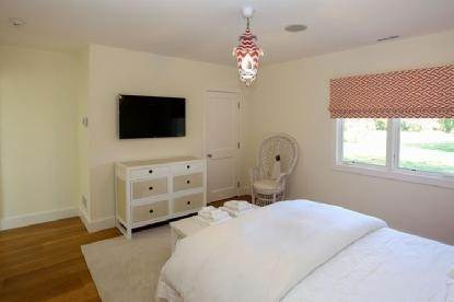 7. Single Family Home at Immediate Occupancy Sagaponack/Wainscott Ocean Beach Access Sagaponack Village, NY 11962