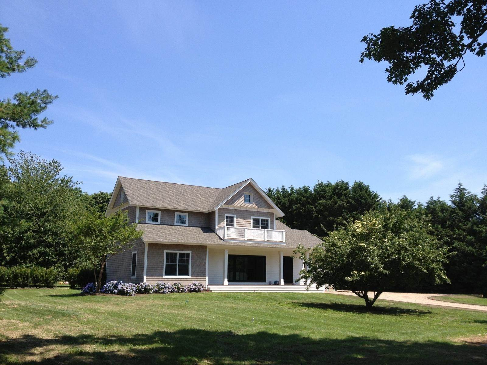 Single Family Home at Light Filled New Construction Bridgehampton Village Bridgehampton, NY 11932