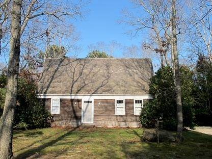 19. Single Family Home at Wainscot South The Cottage Of Your Dreams! Wainscott, NY 11975