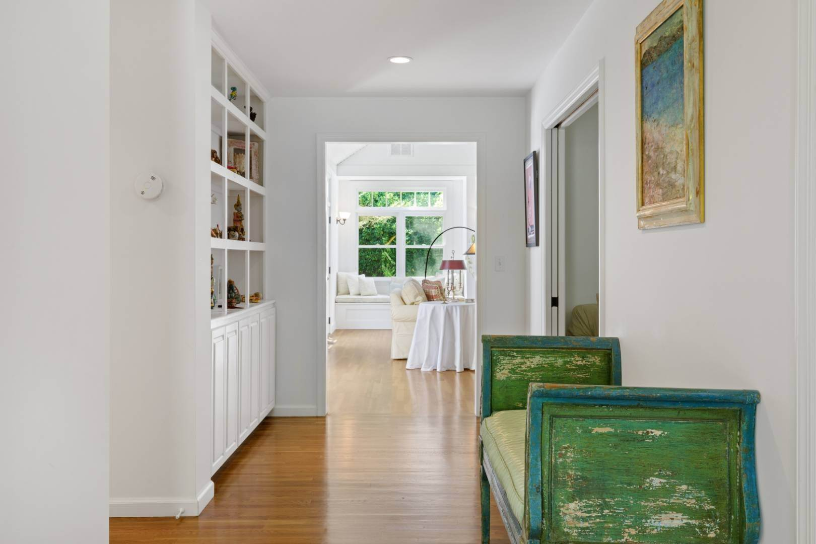 2. Single Family Home at Fabulous Southampton Rental Sunny, Clean With Tennis Southampton, NY 11968