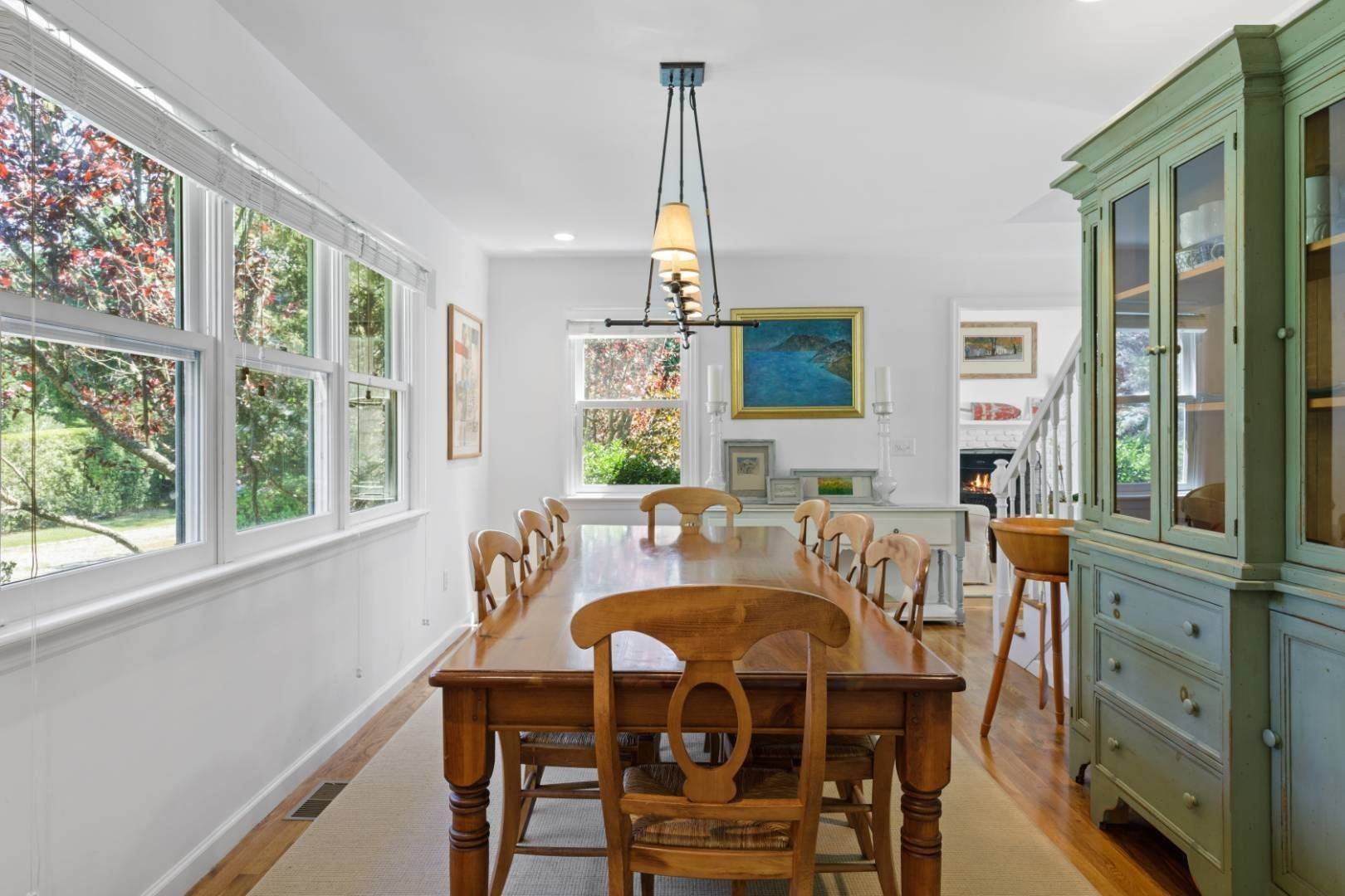 11. Single Family Home at Fabulous Southampton Rental Sunny, Clean With Tennis Southampton, NY 11968