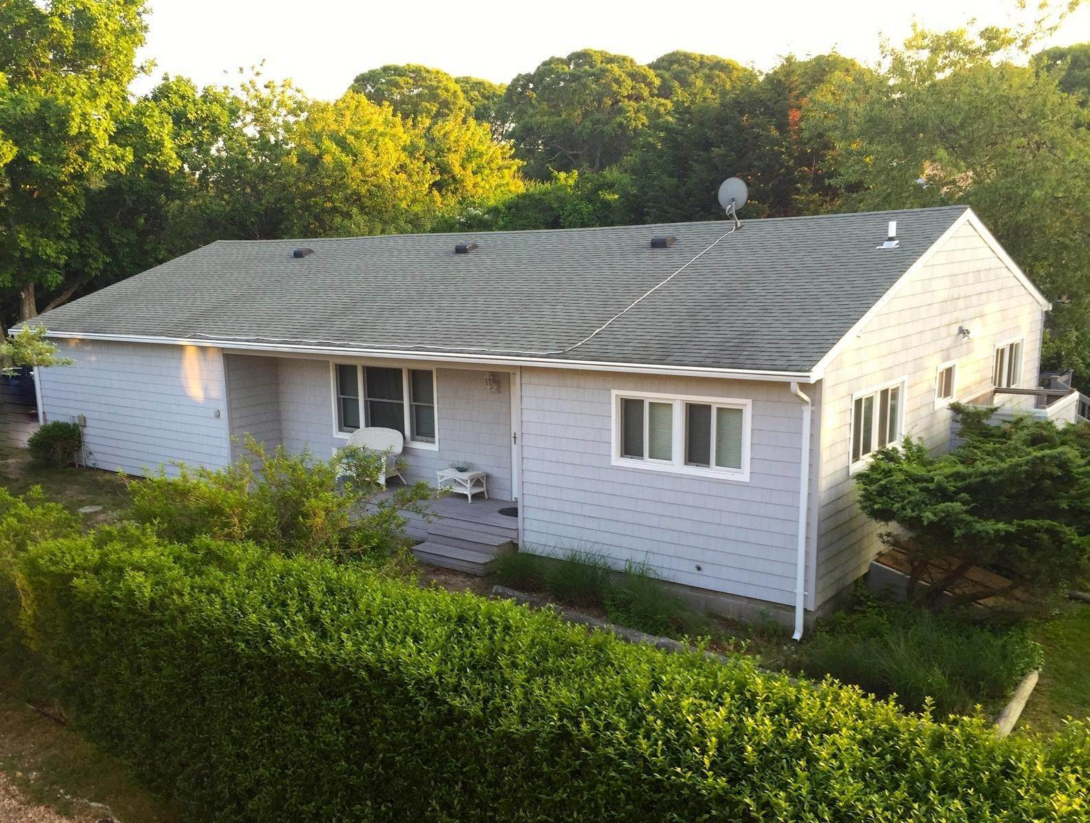 15. Single Family Home at Montauk Beach House Rental Montauk, NY 11954