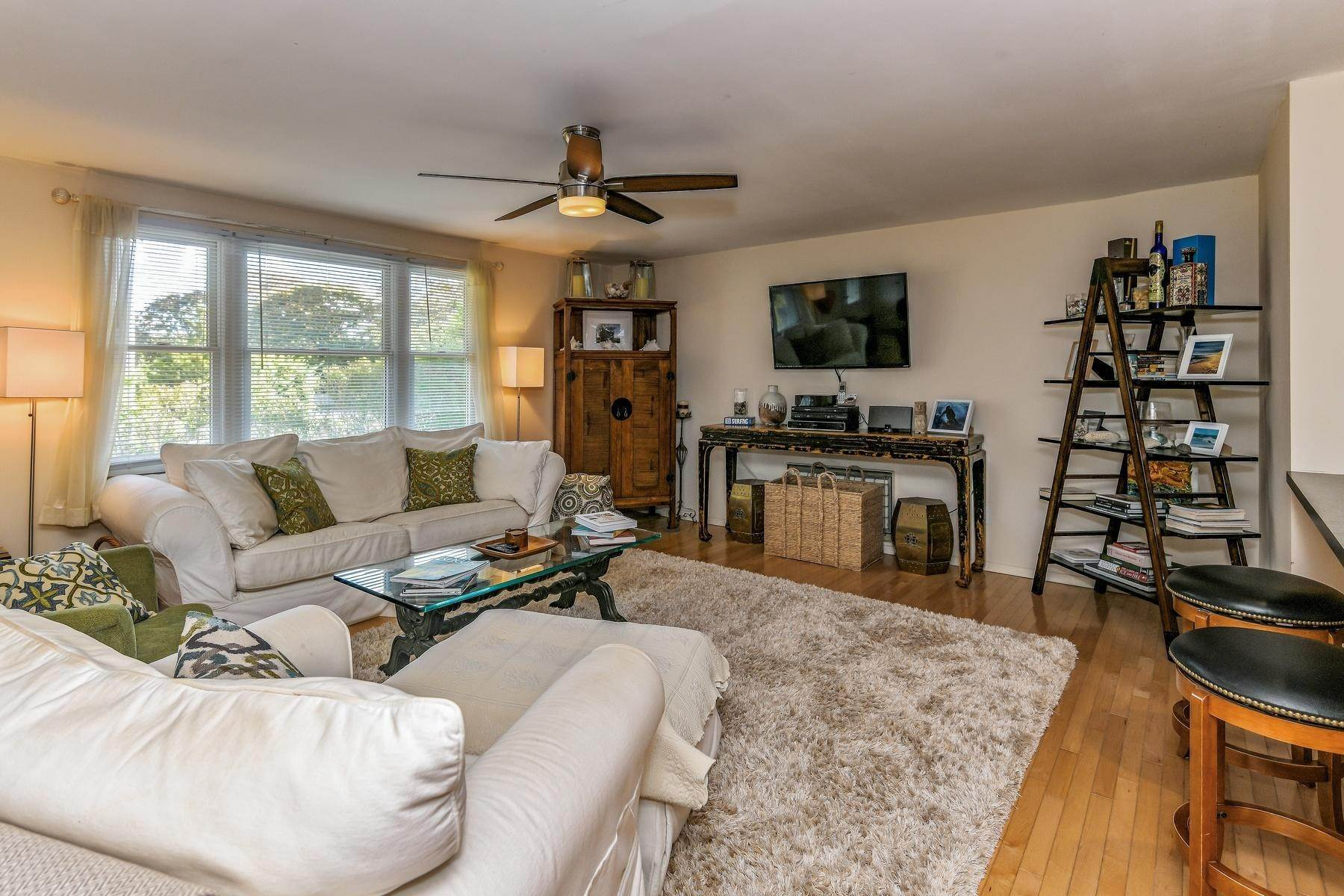 5. Single Family Home at Montauk Beach House Rental Montauk, NY 11954