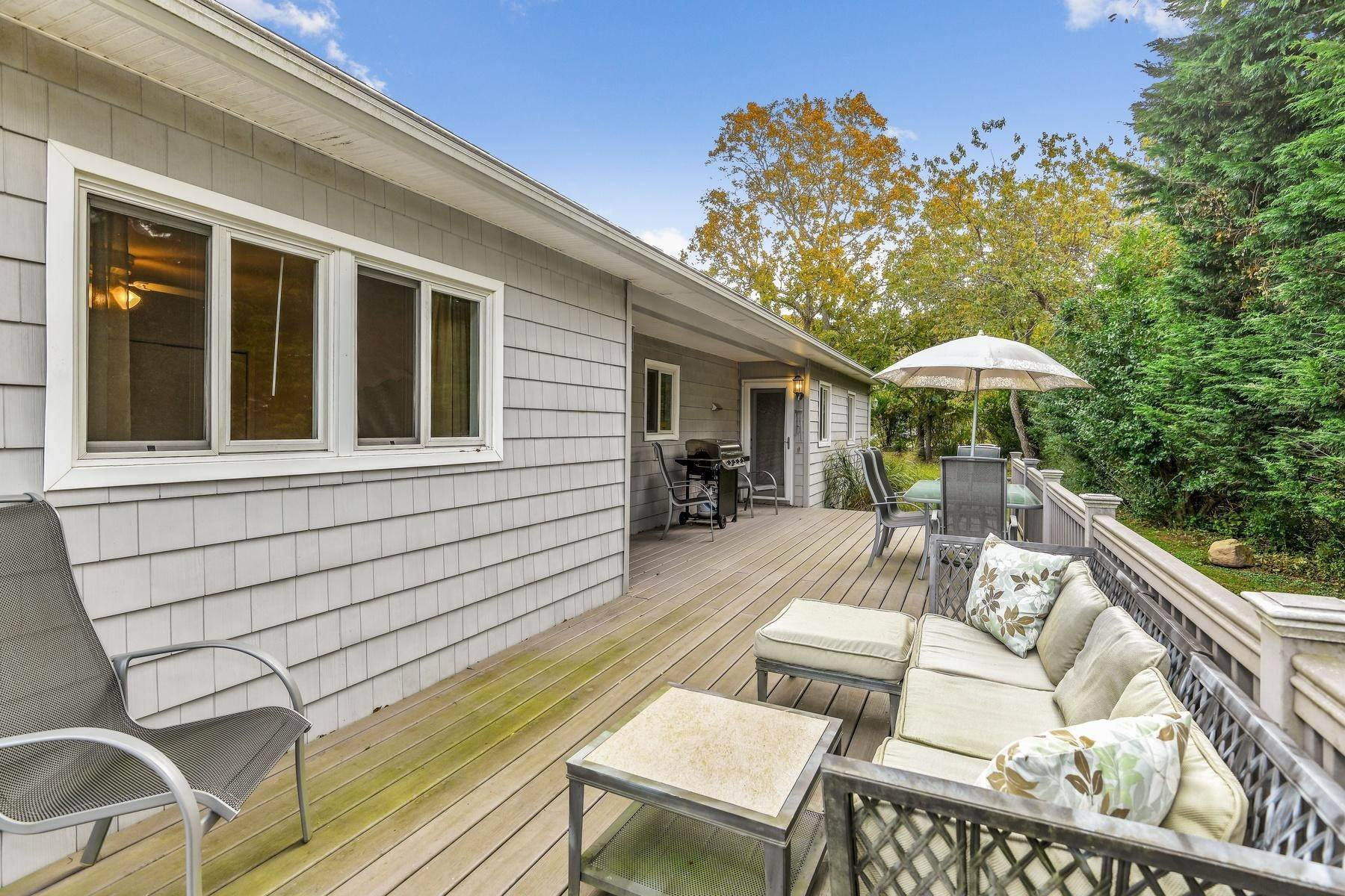 11. Single Family Home at Montauk Beach House Rental Montauk, NY 11954