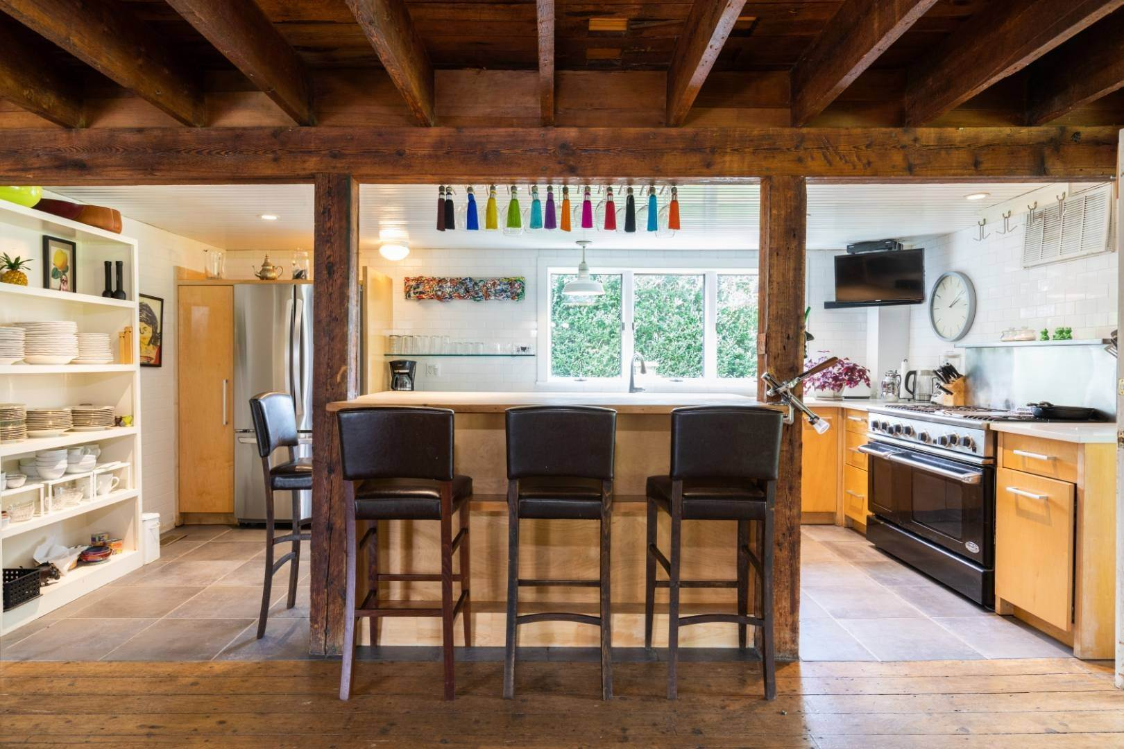 9. Single Family Home at Stunning, Secluded And Convenient In The Heart Of Bridgehampton Bridgehampton, NY 11932