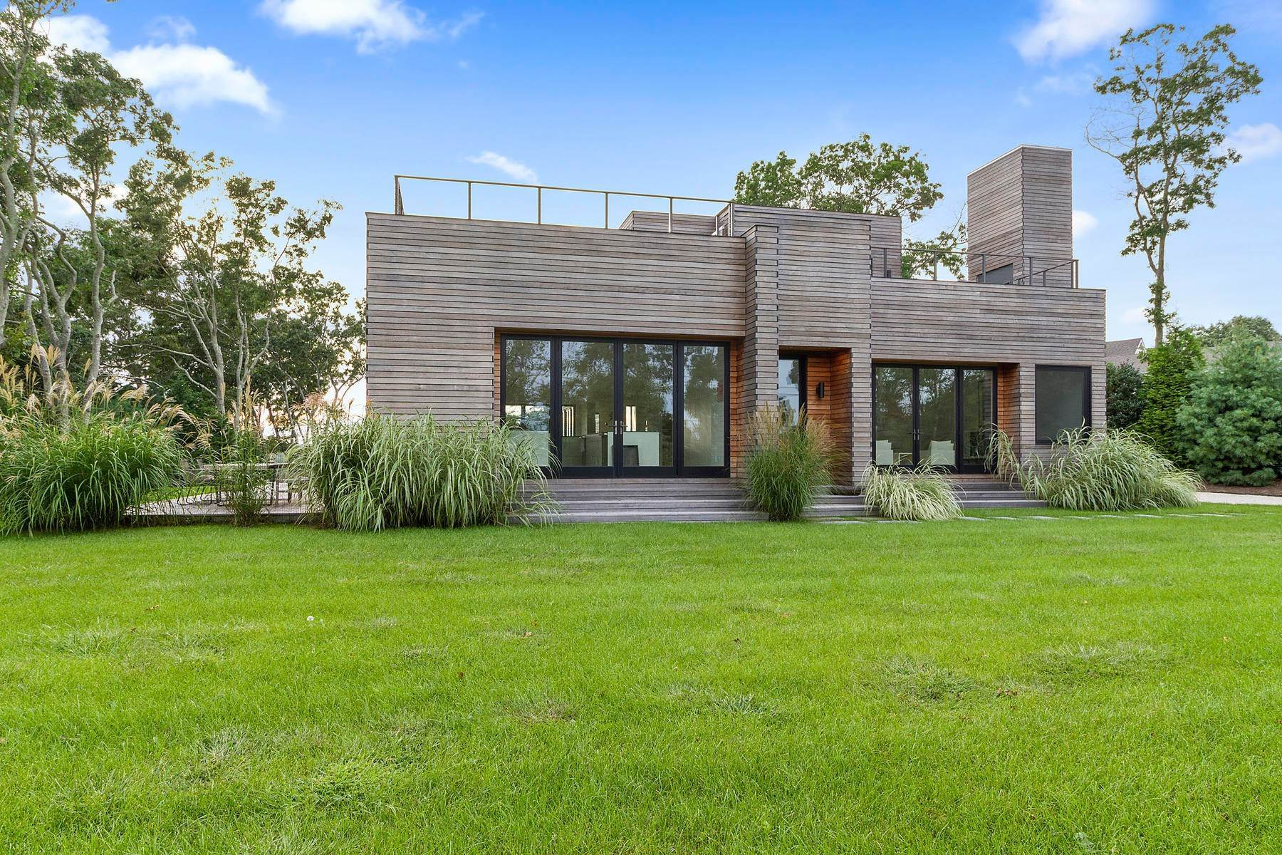 Single Family Home at Stunning Brand New Contemprorary Sagaponack Village, NY 11962