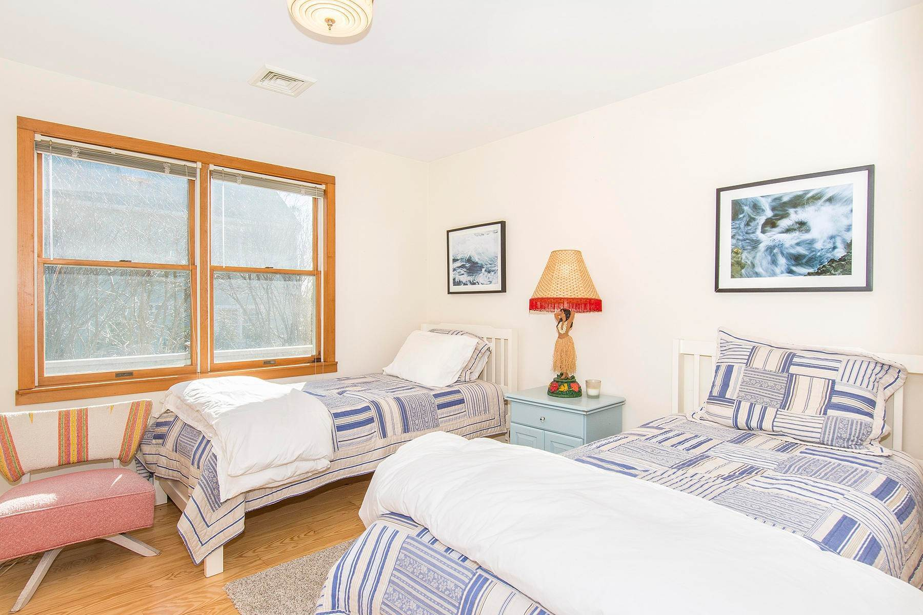 10. Single Family Home at Spacious Montauk Home-Newly Renovated With Pool Montauk, NY 11954