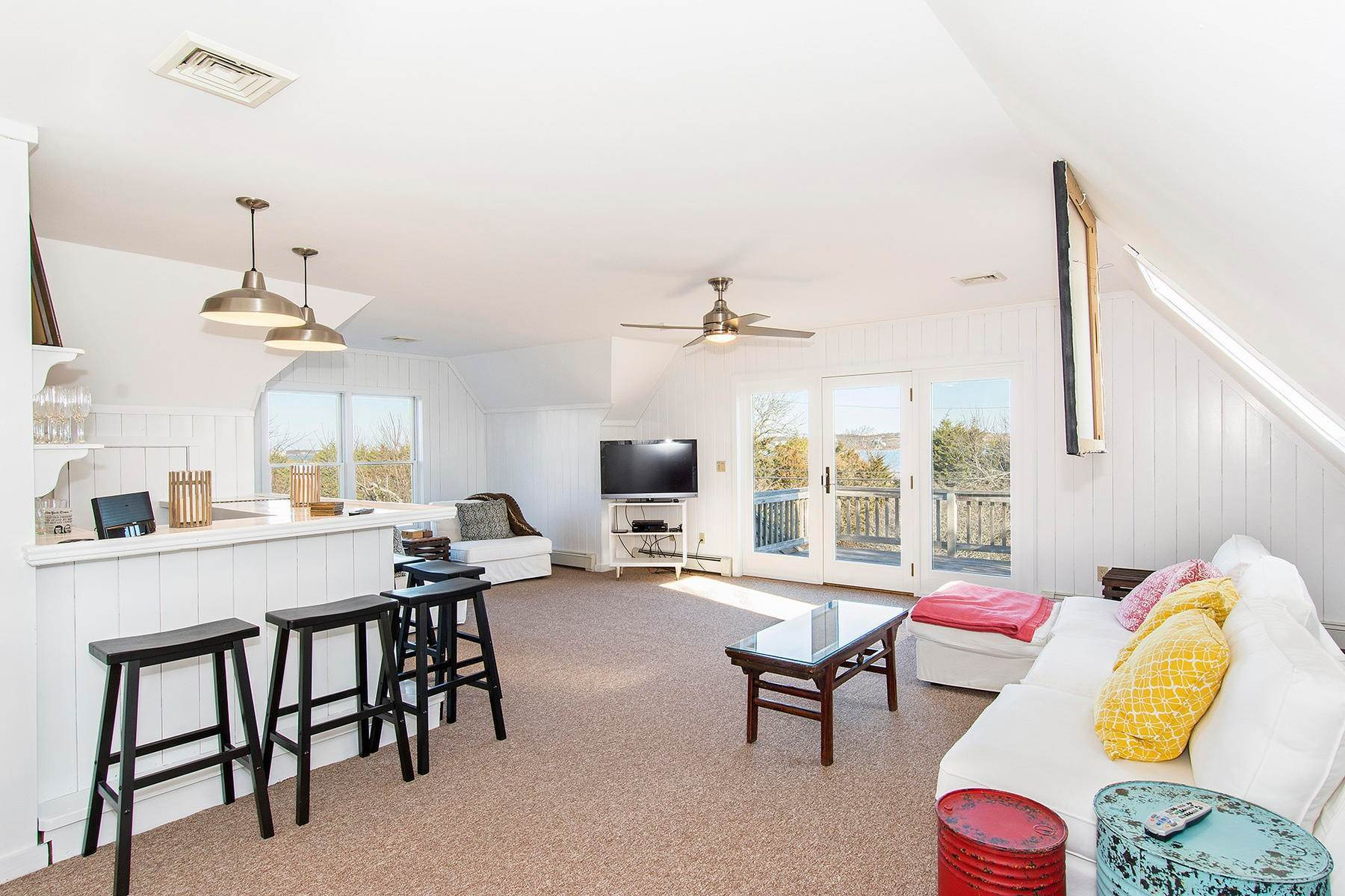 12. Single Family Home at Spacious Montauk Home-Newly Renovated With Pool Montauk, NY 11954