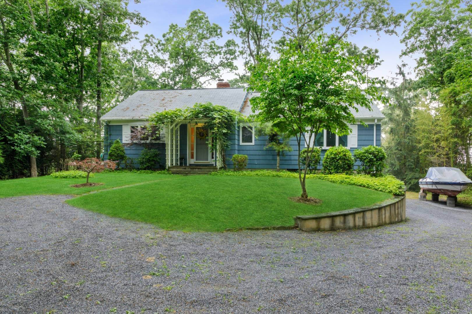 Single Family Home for Sale at Waterfront Ranch 166 Newtown Lane, Hampton Bays, NY 11946