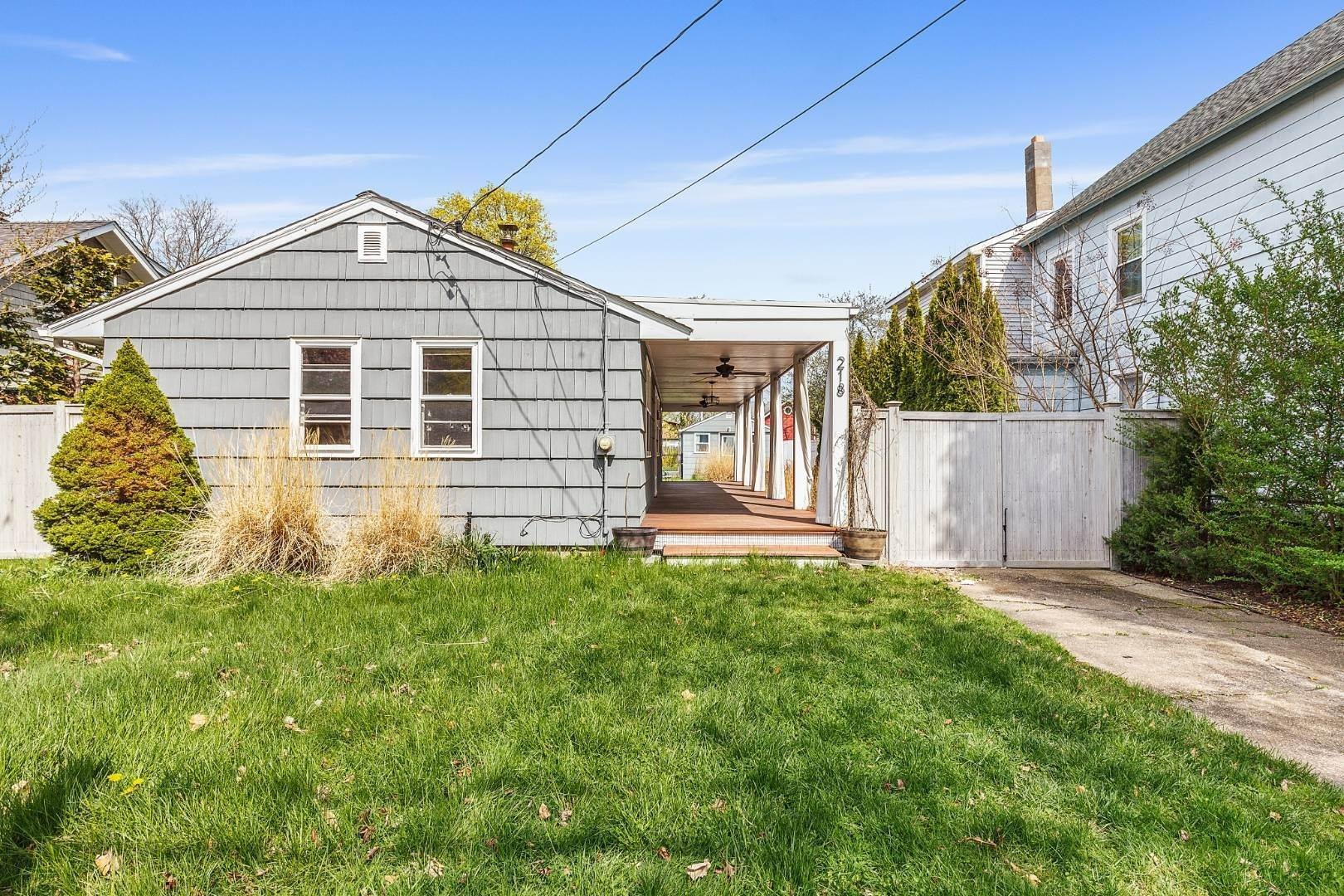 Single Family Home for Sale at Beach Cottage In The Heart Of Greenport Village With Pool! 218 Fifth St, Greenport Village, NY 11944