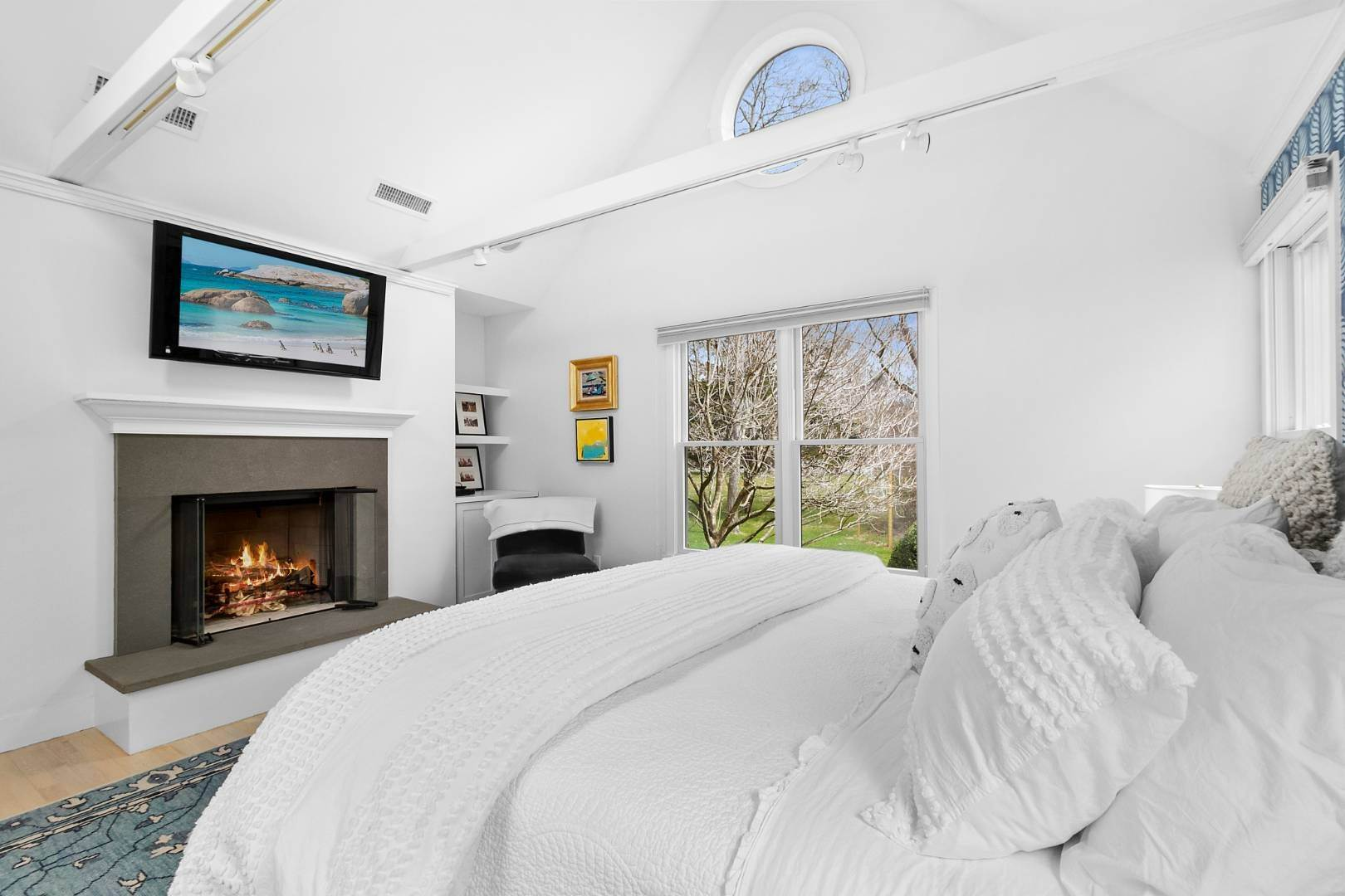 6. Single Family Home for Sale at Historic Springs Two-House Compound 104 Old Stone Hwy, East Hampton, NY 11937