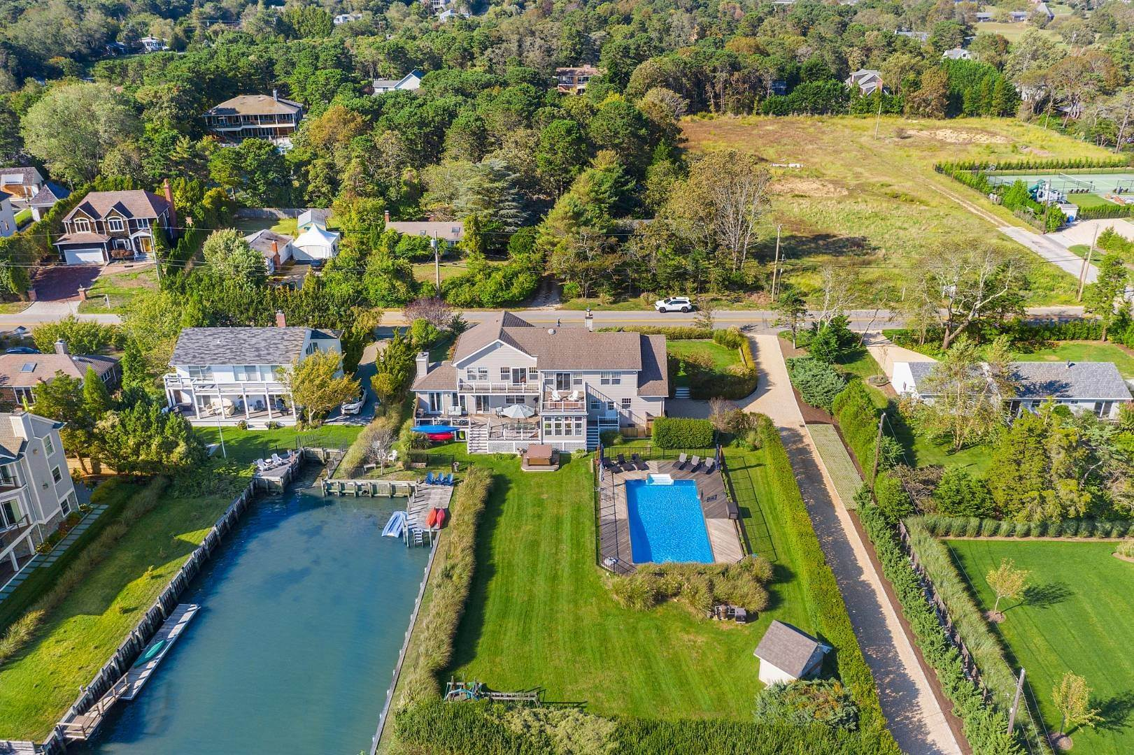 Single Family Home for Sale at Southampton Waterfront With Pool And Bulkhead 56 Middle Pond Road, Southampton, NY 11968