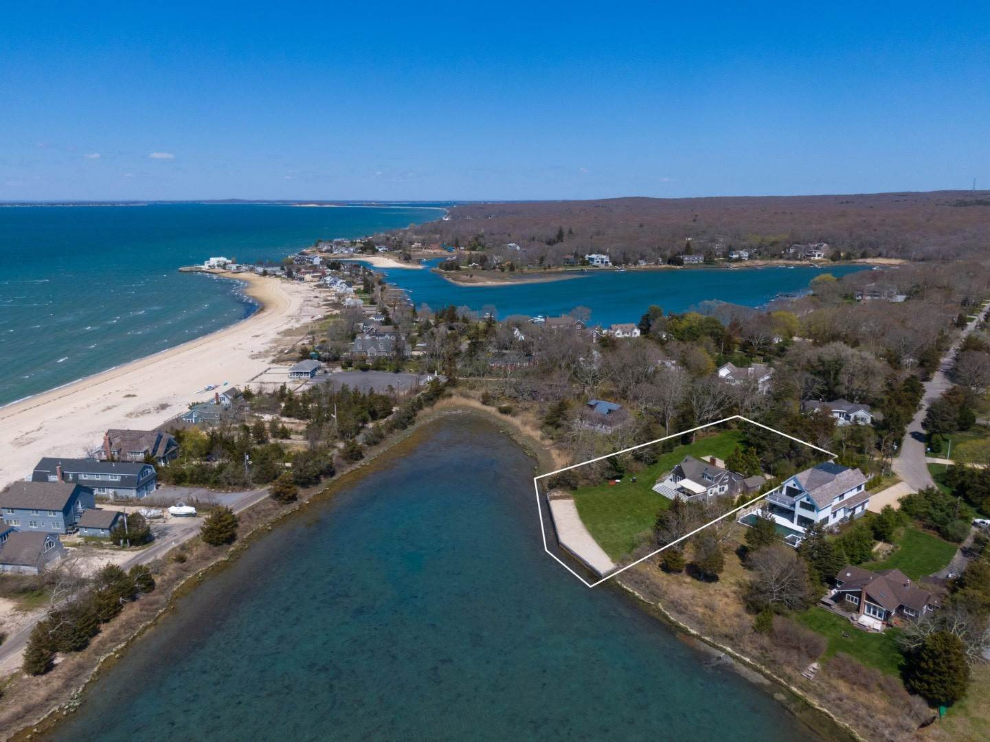 Single Family Home for Sale at Southampton Shores, Paradise On The Water 122 Twin View Drive, Southampton, NY 11968