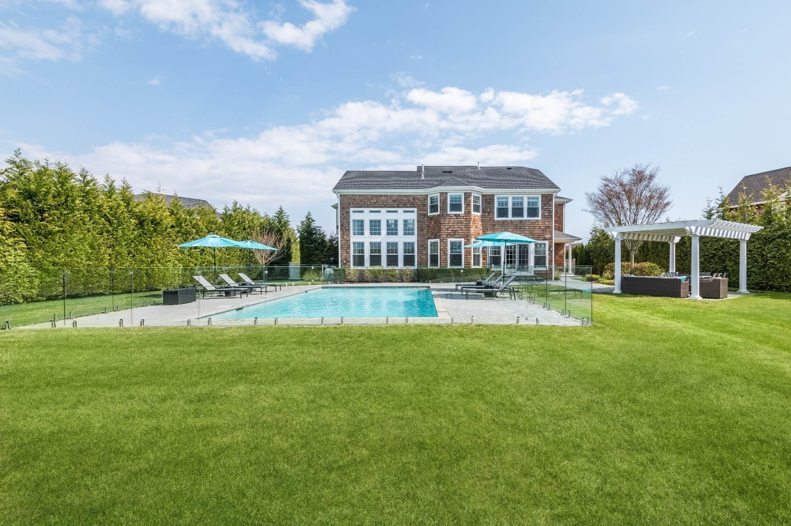 Single Family Home for Sale at Sophisticated Southampton Traditional 6 Spring Lane, Southampton, NY 11968