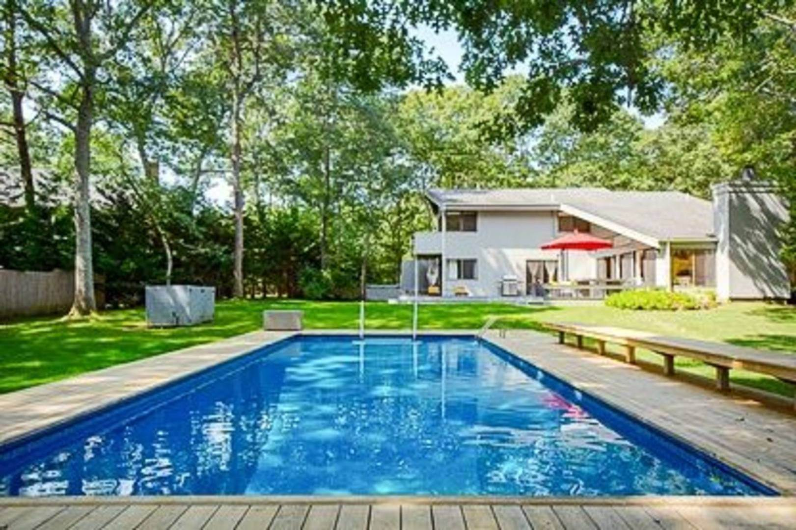 Single Family Home at Close To Village East Hampton, NY 11937