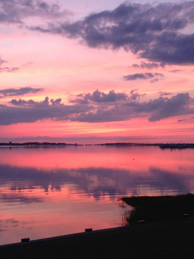 9. Co-op Properties at Montauk Lakefront Rental Cottage With Marvelous Sunsets! Montauk, NY 11954