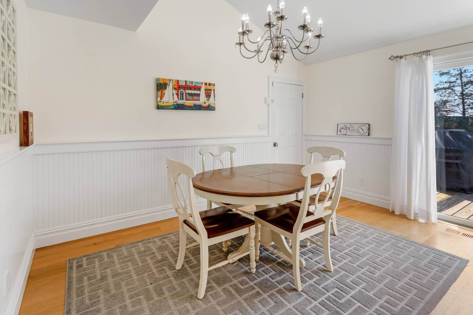 11. Single Family Home at Southampton August Rental On The Golf Course Southampton, NY 11968