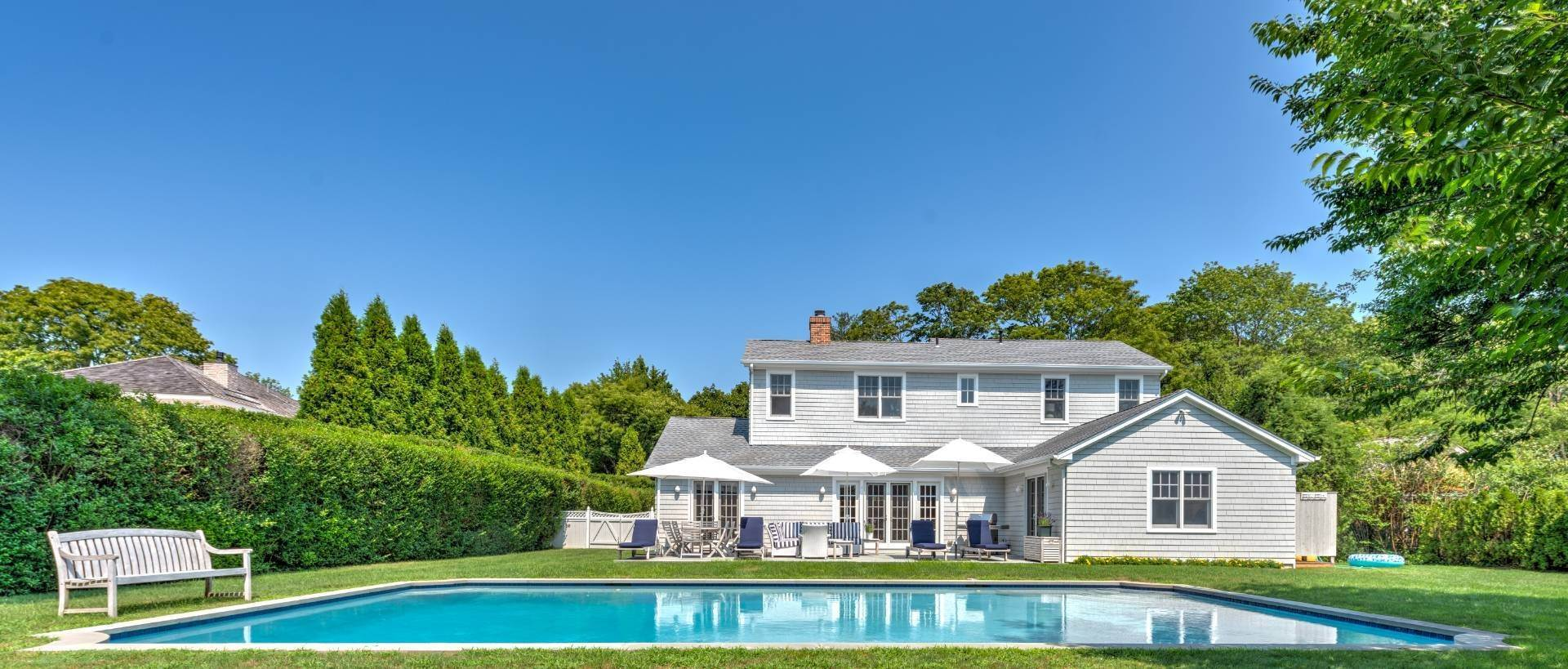 3. Single Family Home at Southampton Village - South Of The Highway Southampton, NY 11968