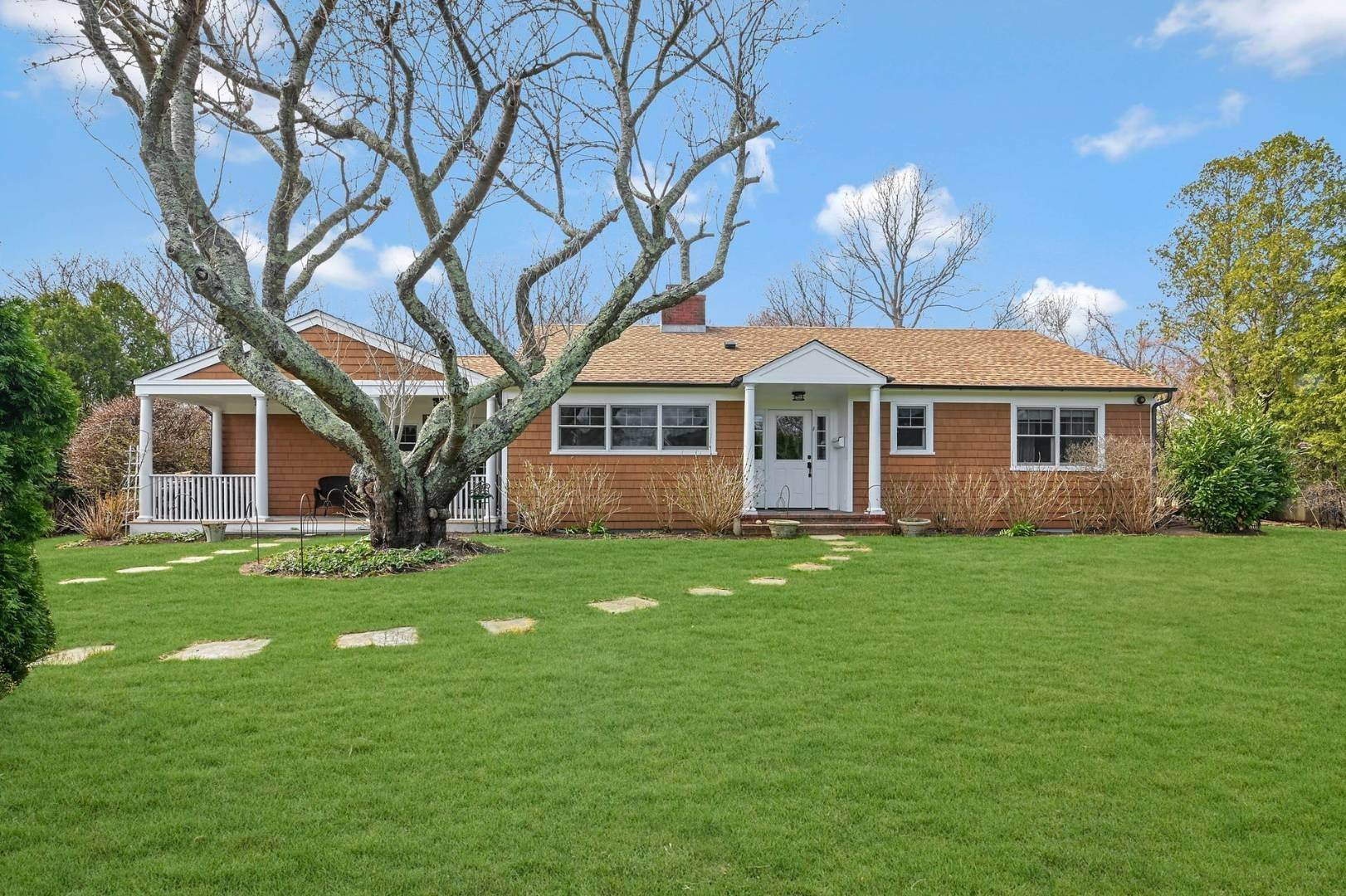 Single Family Home for Sale at Beautifully Renovated In East Hampton East Hampton, NY 11937