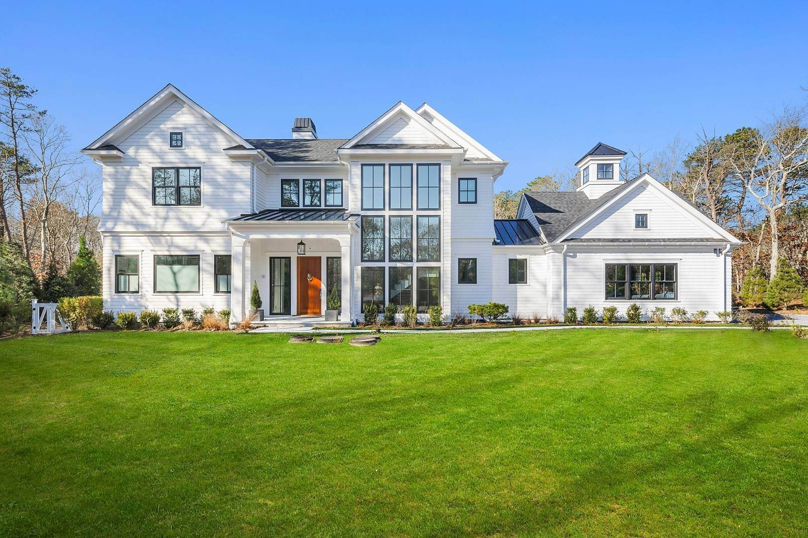 Single Family Home at East Hampton Contemporary Wainscott, NY 11975