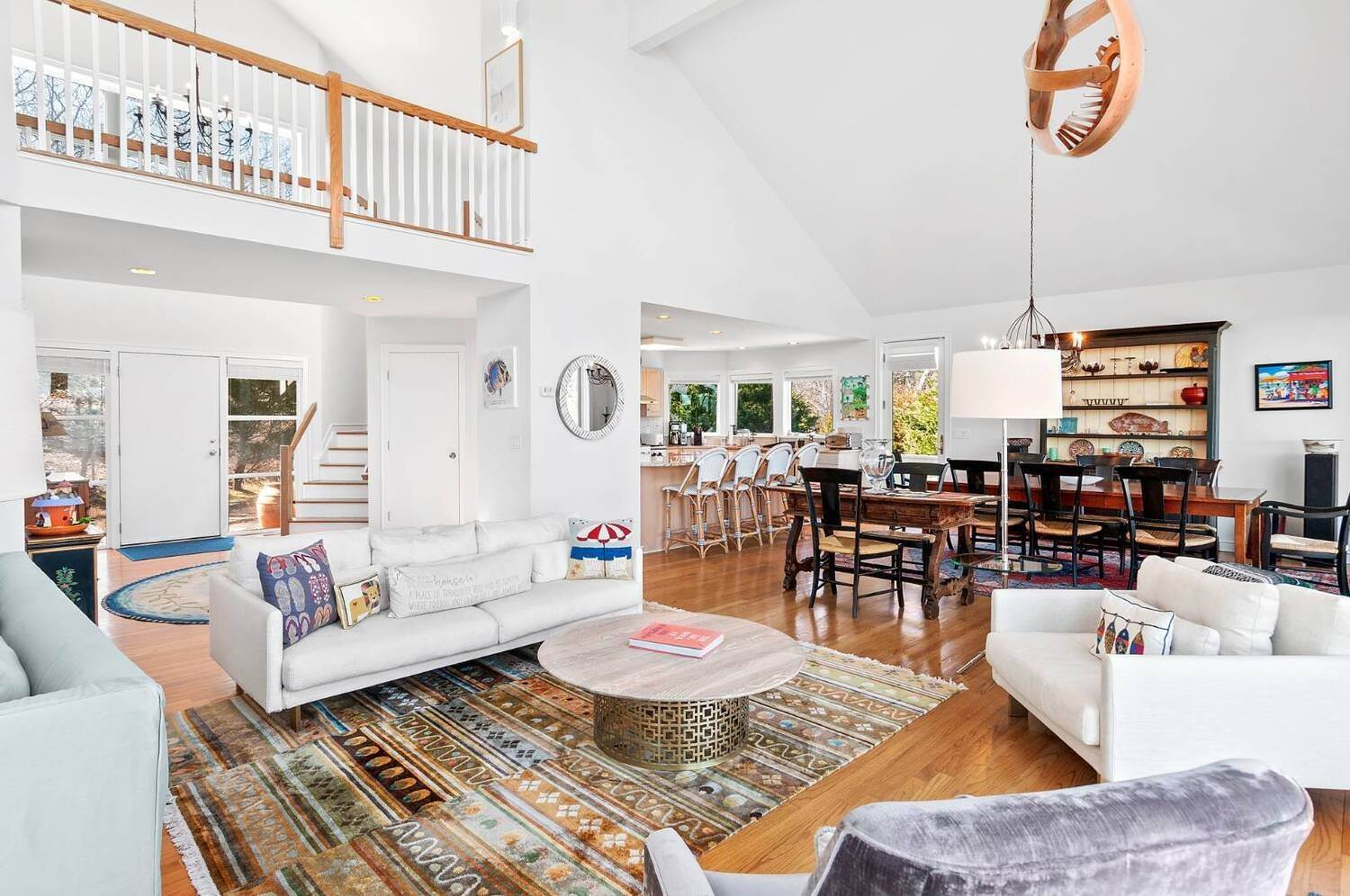 7. Single Family Home at East Hampton Waterfront East Hampton, NY 11937