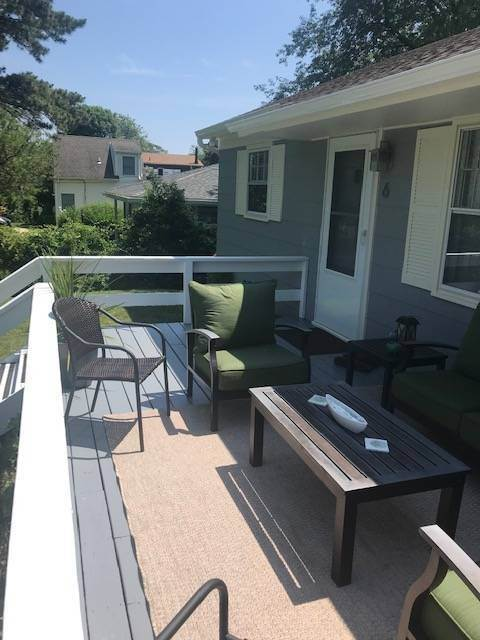 8. Single Family Home at Recently Renovated In Ditch Plains, Montauk Montauk, NY 11954