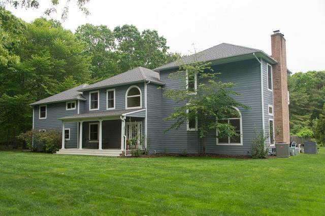 Single Family Home at Privacy Plus & Newly Renovated In Bridgehampton Bridgehampton, NY 11932