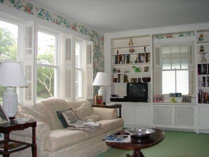 3. Single Family Home at Welcome To Westhampton Beach Ny, An Ideal Location Westhampton Beach Village, NY 11978