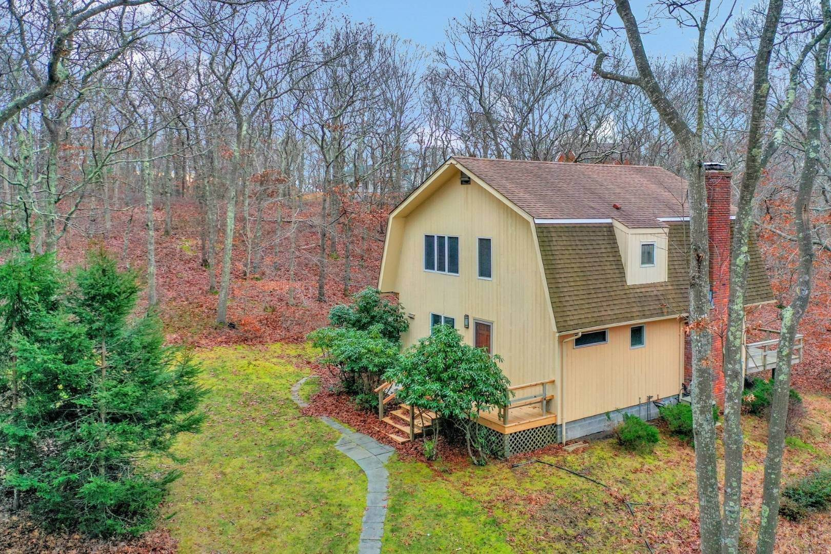 Single Family Home for Sale at 3.7 Acre Contemporary With Compound Potential 56/58 Three Mile Harbor Hog Creek Road, 56, East Hampton, NY 11937