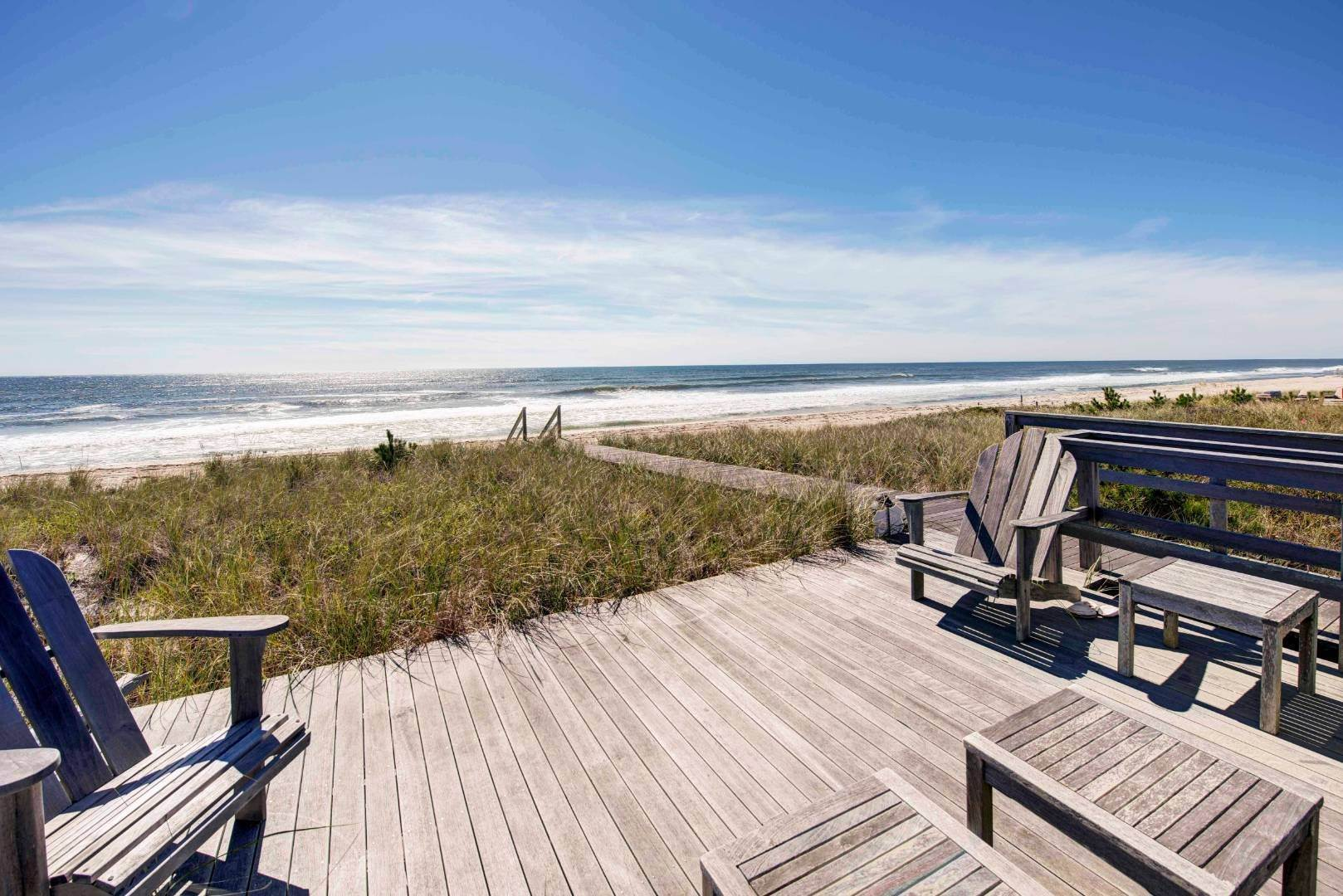 Single Family Home por un Venta en Luxury Quogue Oceanfront 148 Dune Rd, Quogue Village, NY 11959