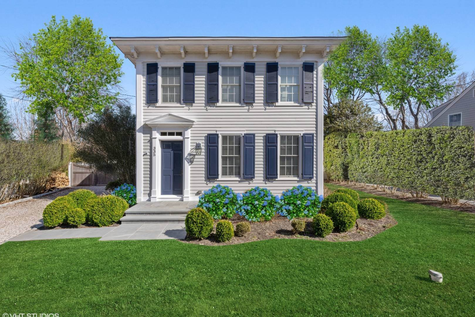 Single Family Home for Sale at Orient, NY 11957