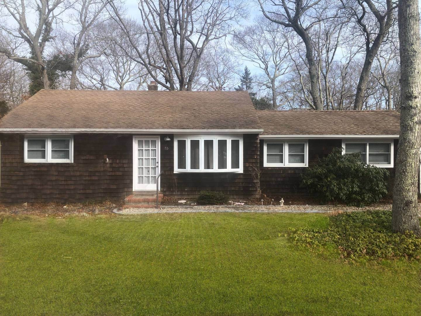 Single Family Home for Sale at Springs Cottage 65 Gardiner Ave, East Hampton, NY 11937