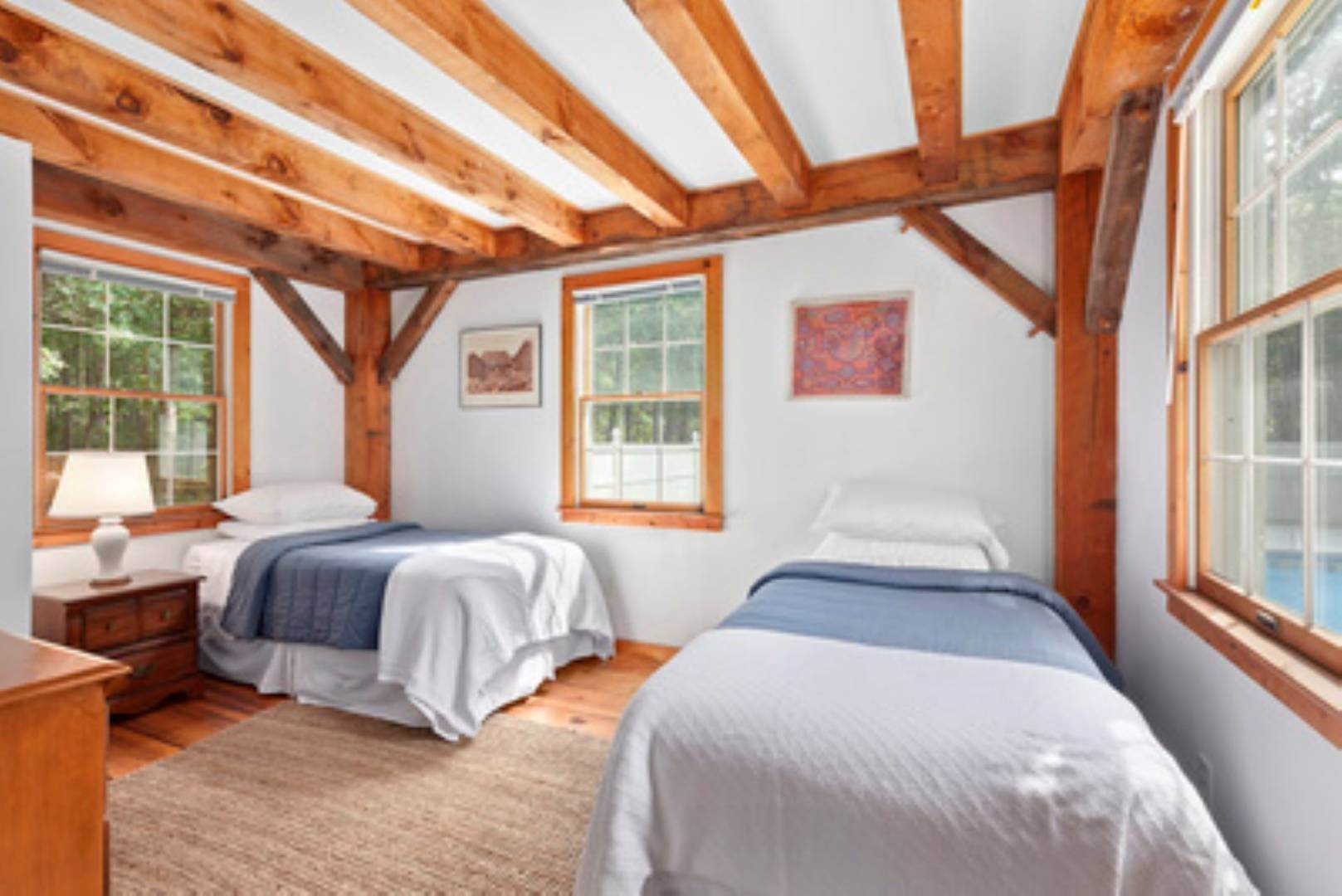 5. Single Family Home at Lovely Post-And-Beam Rental Wainscott, NY 11975