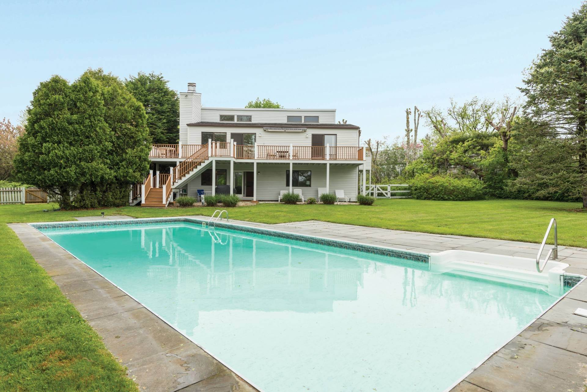 Single Family Home at Great Bridgehampton South Rental Bridgehampton, NY 11932