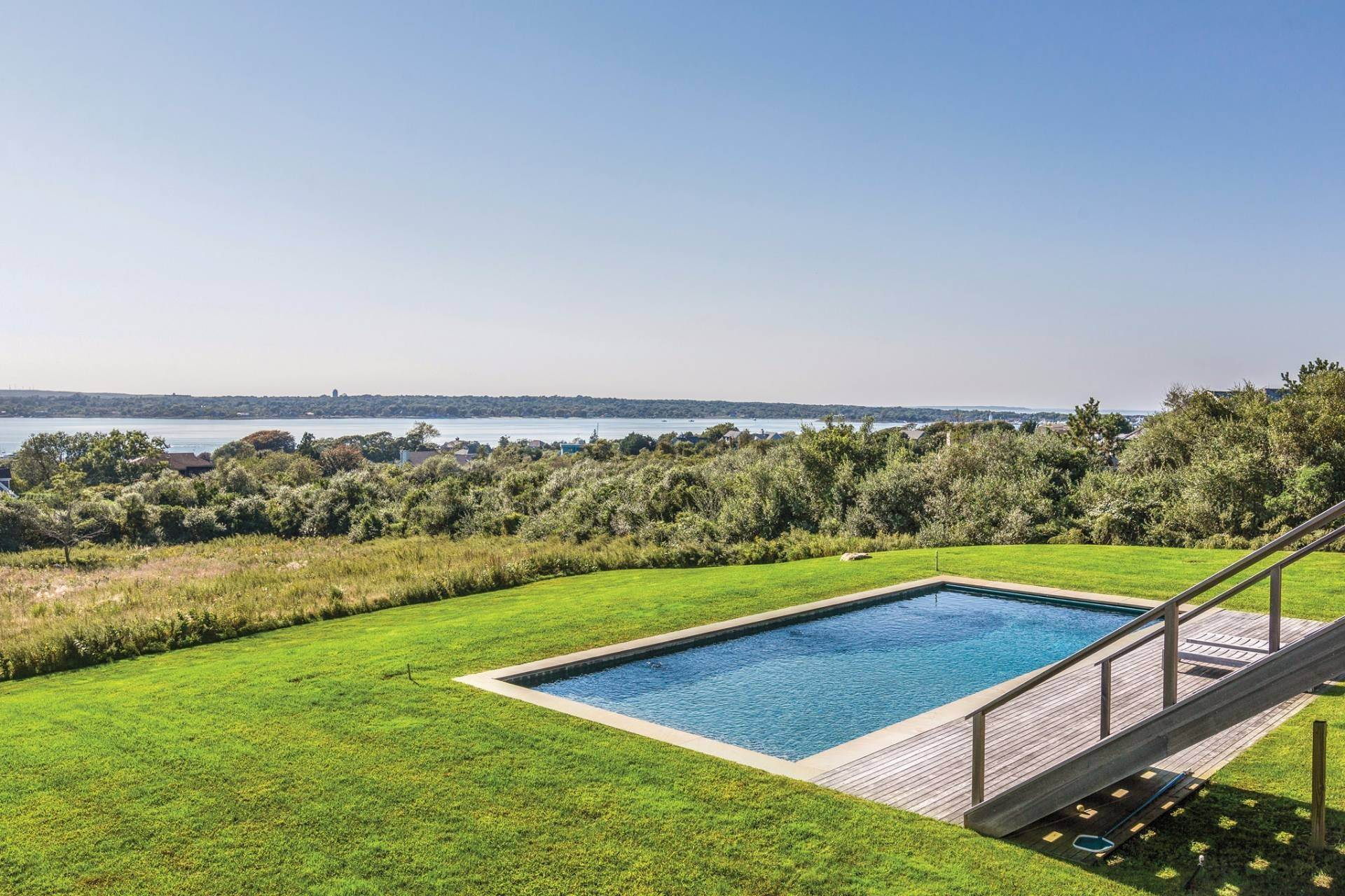 Single Family Home at Beach Modern With Panoramic Water Views Montauk, NY 11954