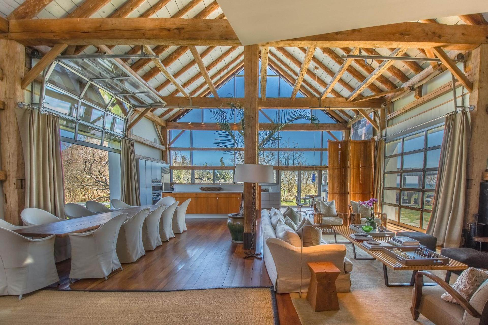 Single Family Home at Famous Fashion Designer's Private Oceanfront Retreat 135 Crestview Lane, Sagaponack Village, NY 11962