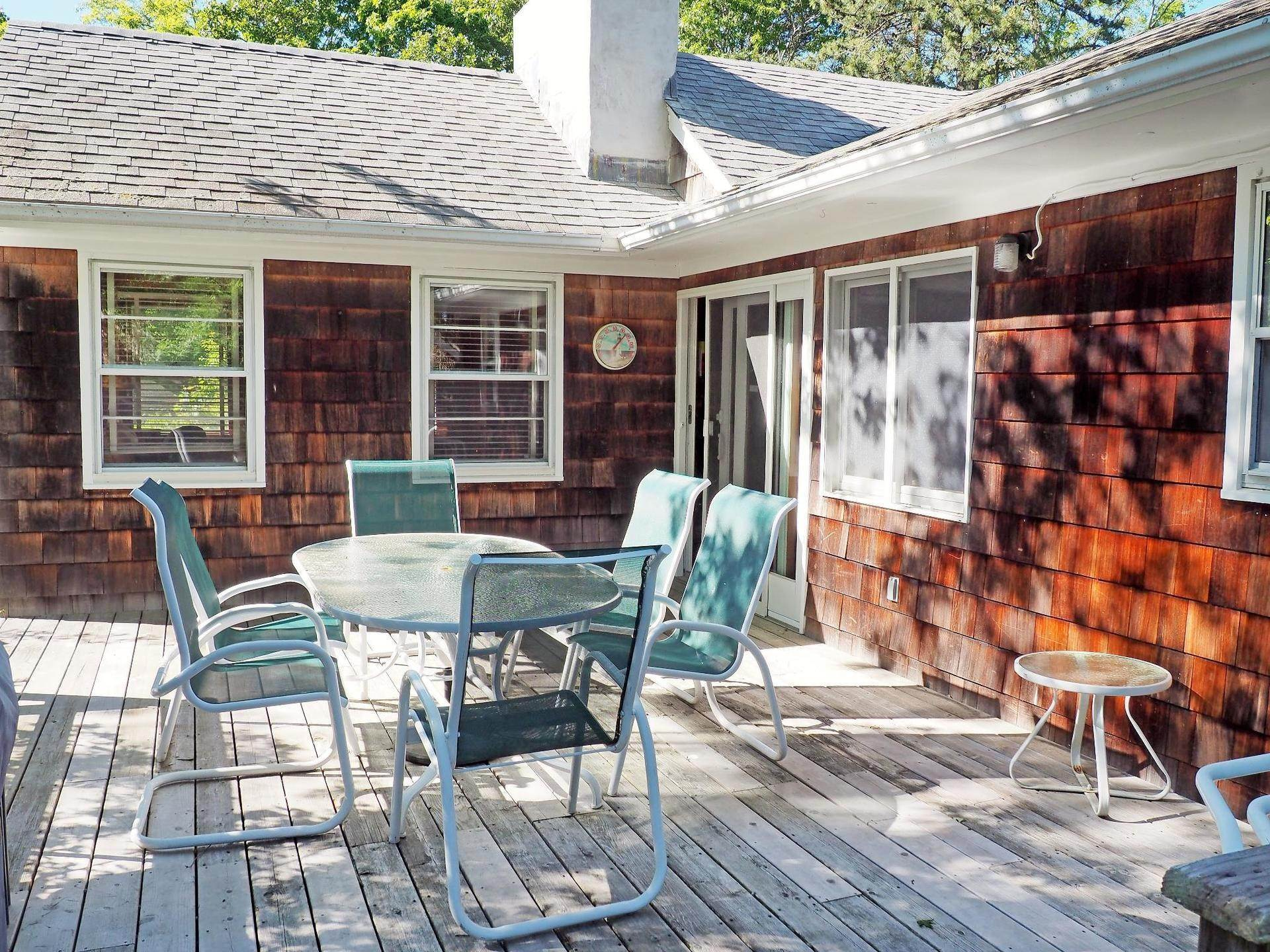 2. Single Family Home at Amagansett Dunes, Atlantic Ocean Is Down The Road Amagansett, NY 11930