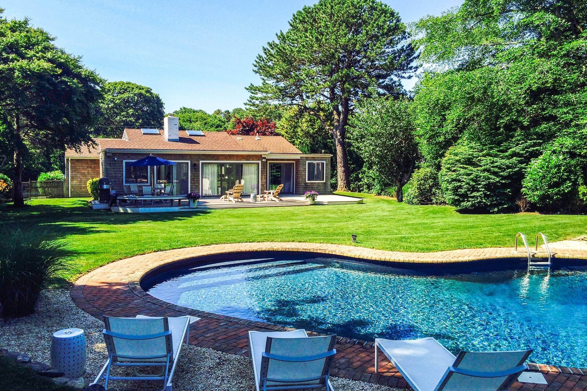 Single Family Home at Southampton Pristine Home Away From Home Southampton, NY 11968