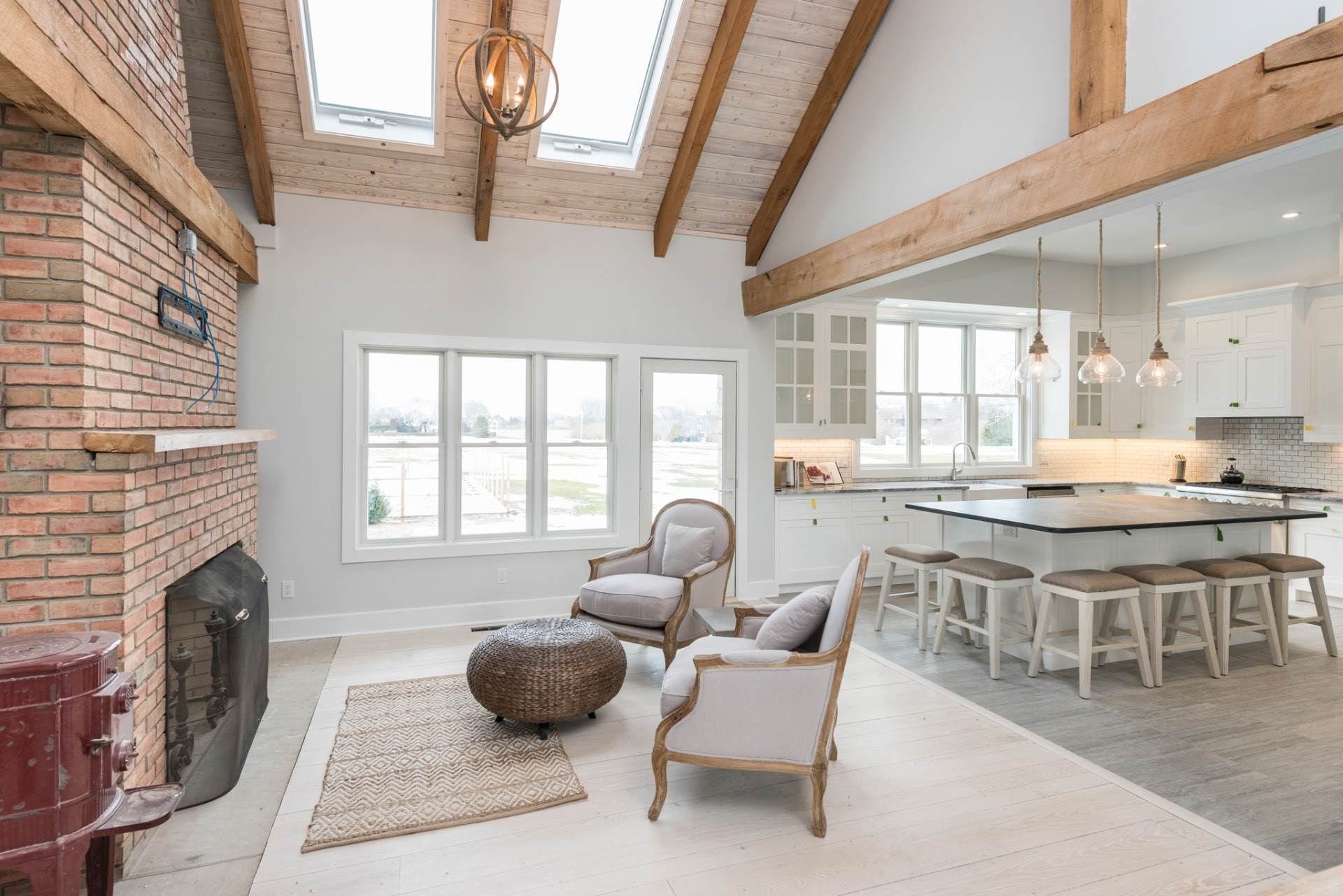 8. Single Family Home at New Sagaponack Modern Farmhouse On Reserve Sagaponack Village, NY 11962